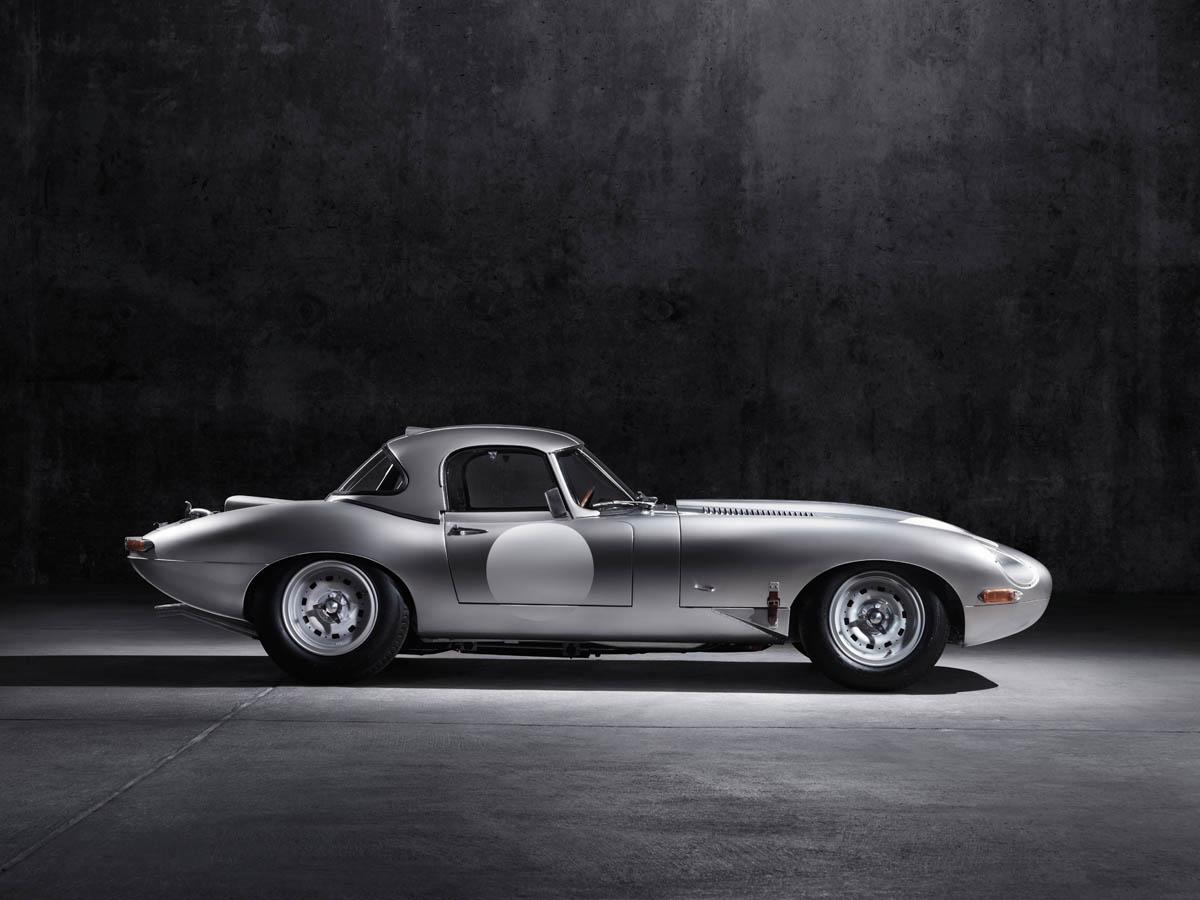 Jaguar Lightweight E-Type sideview