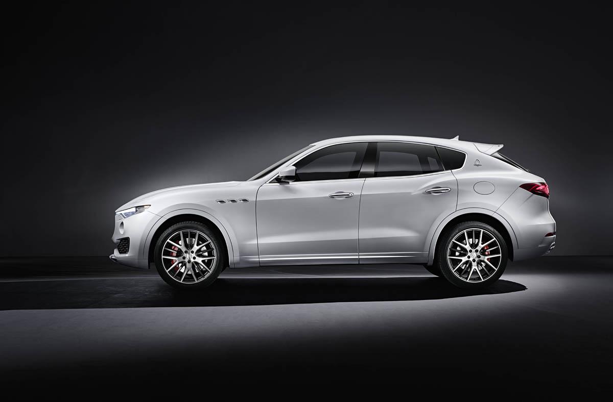 Maserati Levante side
